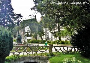 yıldız sarayı bahçesi